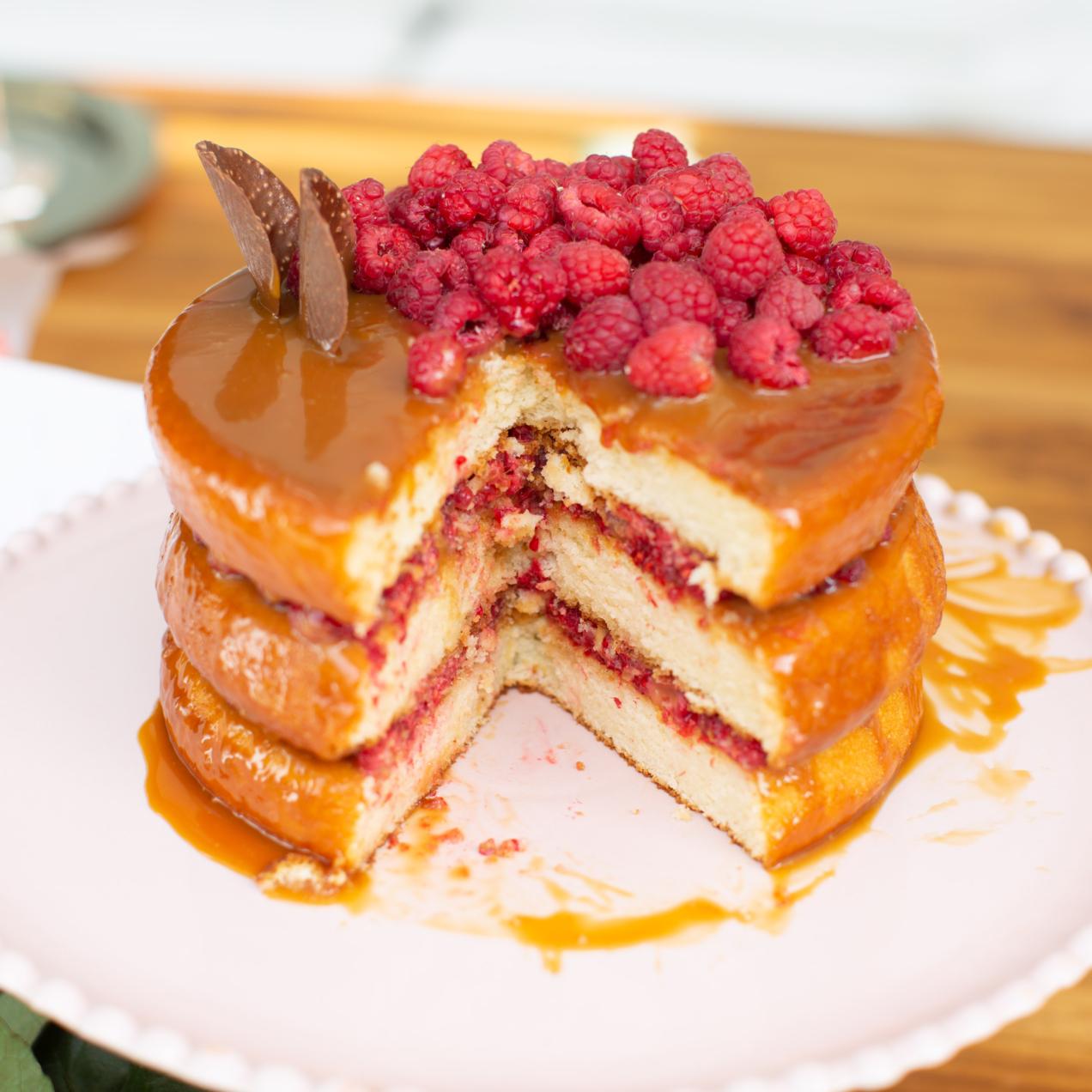 Pastel de Caramelo y Frambuesas (y receta de salted caramel!)