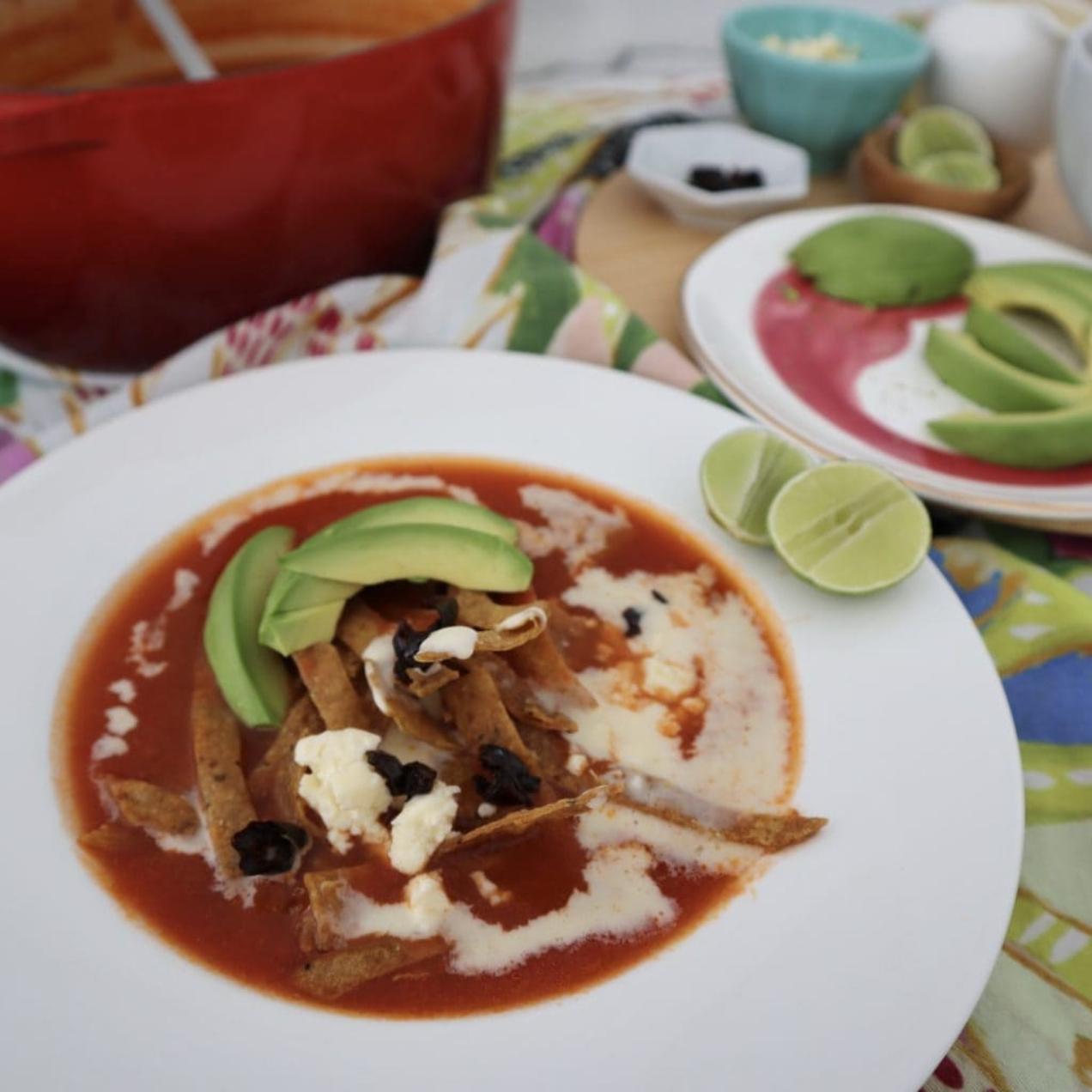 Sopa de Tortilla (Weeknight Tortilla Soup)